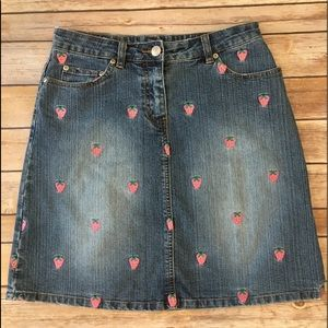 RARE LILLY PULITZER strawberry denim mini skirt(2)